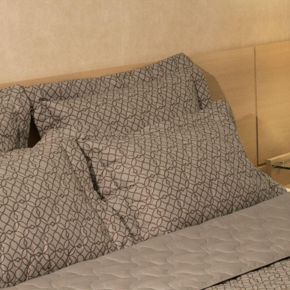 Porta Travesseiro com Abas Teka Madri Print Marrom 180 Fios